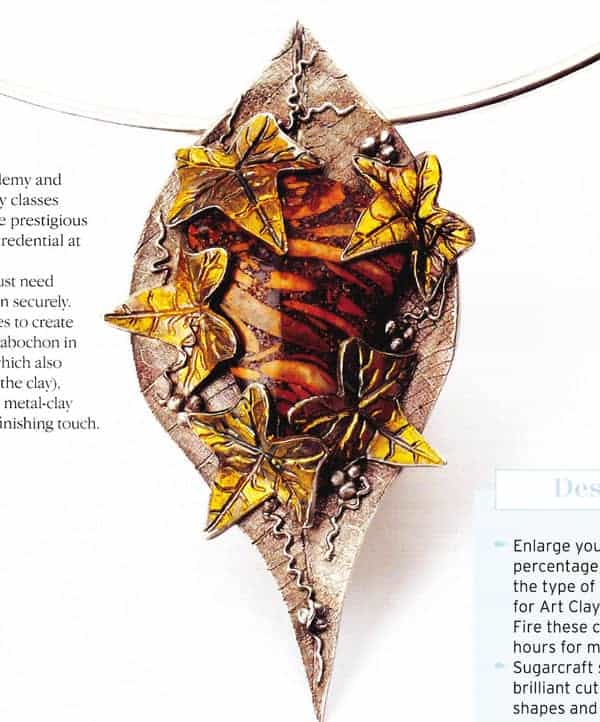 Golden Leaves Pendant Tutorial by Julia Rai