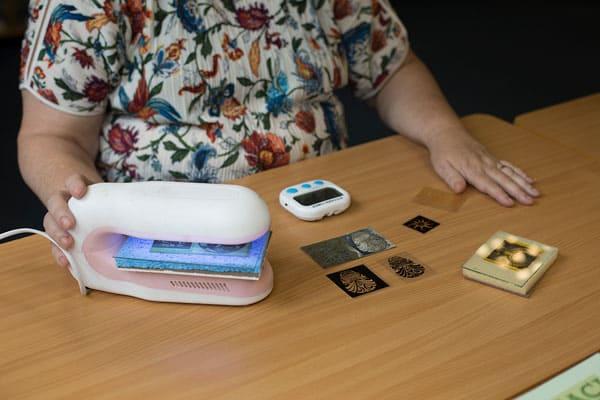 Unique texture making classes with Julia Rai